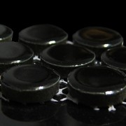 Black-gloss-2