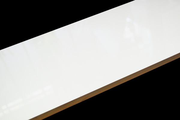 white-gloss-wall-3x9-5