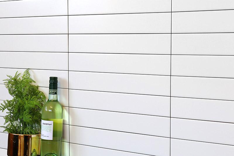 White Matt Wall 65x400 concept look_chp